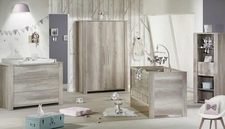 Chambre bébé Lit 70x140 + commode + armoire Emmy, Vente en ligne ...